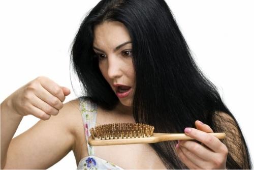 Photo of Врачи назвали источник проблем с волосами