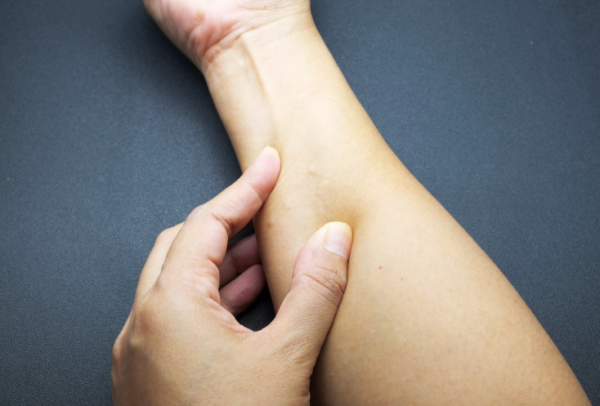 Photo of Уплотнение под кожей в виде шарика: фото, причины, как лечить