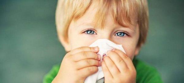 Photo of Чем лечить зеленые сопли у детей: капли, спреи, растворы, антибиотики