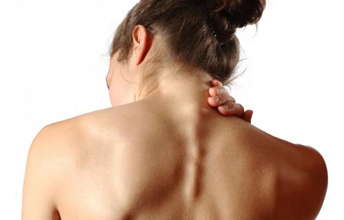 Photo of Врачи рассказали, о чем сигнализируют боли в шее