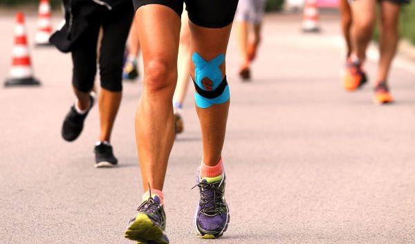 Photo of Боль в колене при беге: с внешней и внутренней стороны, лечение