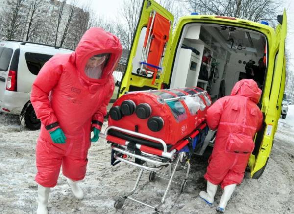 Photo of Каким образом осуществляется транспортировка больных при подозрении на коронавирусную инфекцию: бокс (фото)